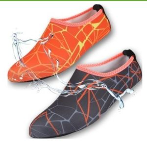 Shoes - New Barefoot Unisex Water Socks/Shoes